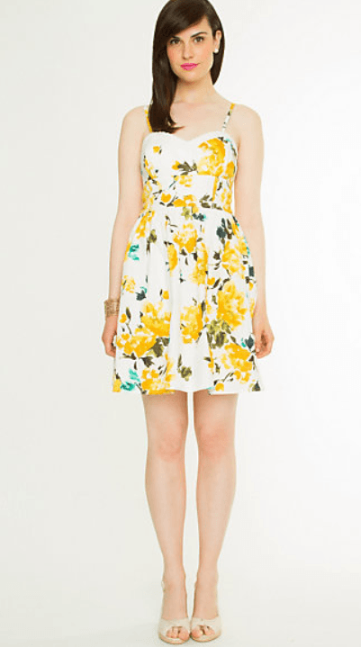 Turn some heads under the sun in chic summer dresses at TOBI! Shop fun skaters, sexy bodycons, flirty maxis & more + 50% off your 1st order! 60% OFF FALL OCCASIONS TOBI LOVES CANADA! Enjoy free shipping on all orders & taxes and duties paid for! Quick View. Quick View. Iris Yellow Chiffon Ruffle Swing Dress.