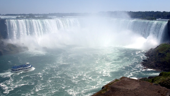 via-rail-canada-niagara-falls