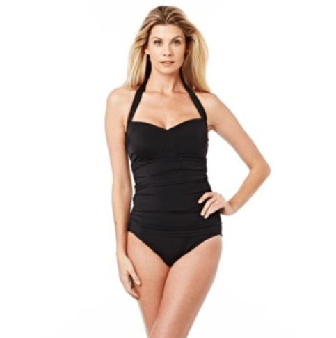 We have a selection of swim essentials at discount prices. These swimwear sale prices may be cheaper than our full priced swim, but our standards for all our swimwear are still high. From our high waisted bikini bottoms to our strappy one piece swimsuits, all our bathing suits on sale are made with performance in mind.