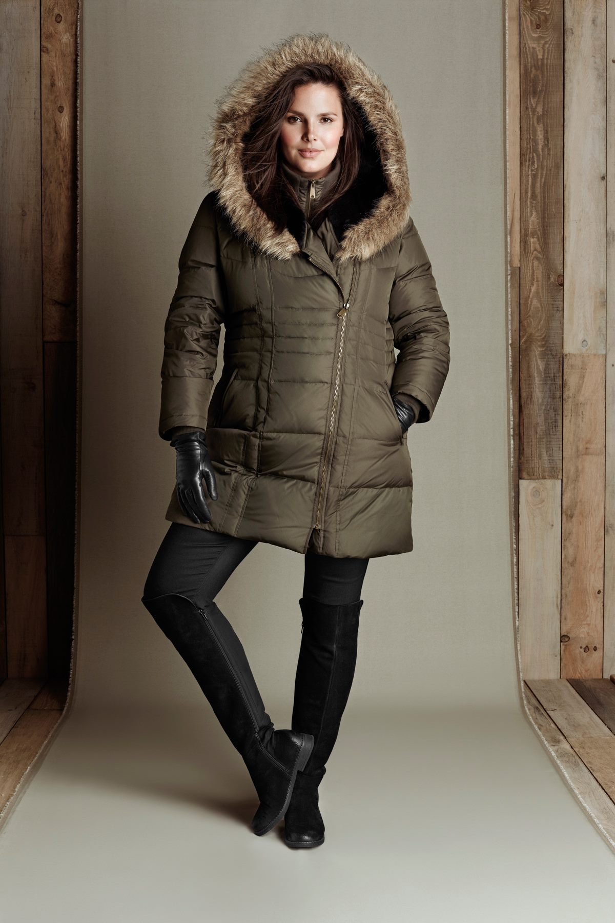 Reitmans Canada Pre-Black Friday Daily Deal: Save 50% Off Outerwear & Winter Accessories!