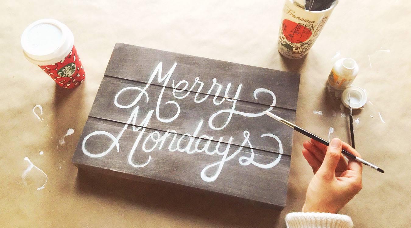 Starbucks Canada Merry Mondays Offers: Earn 30 Bonus Stars when You Spend $15!