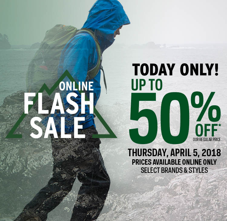 Atmosphere Canada FLASH Sale: Save 33% on Arc'teryx Atom LT Insulated Hooded Jacket + Up to 50% Off + FREE Shipping
