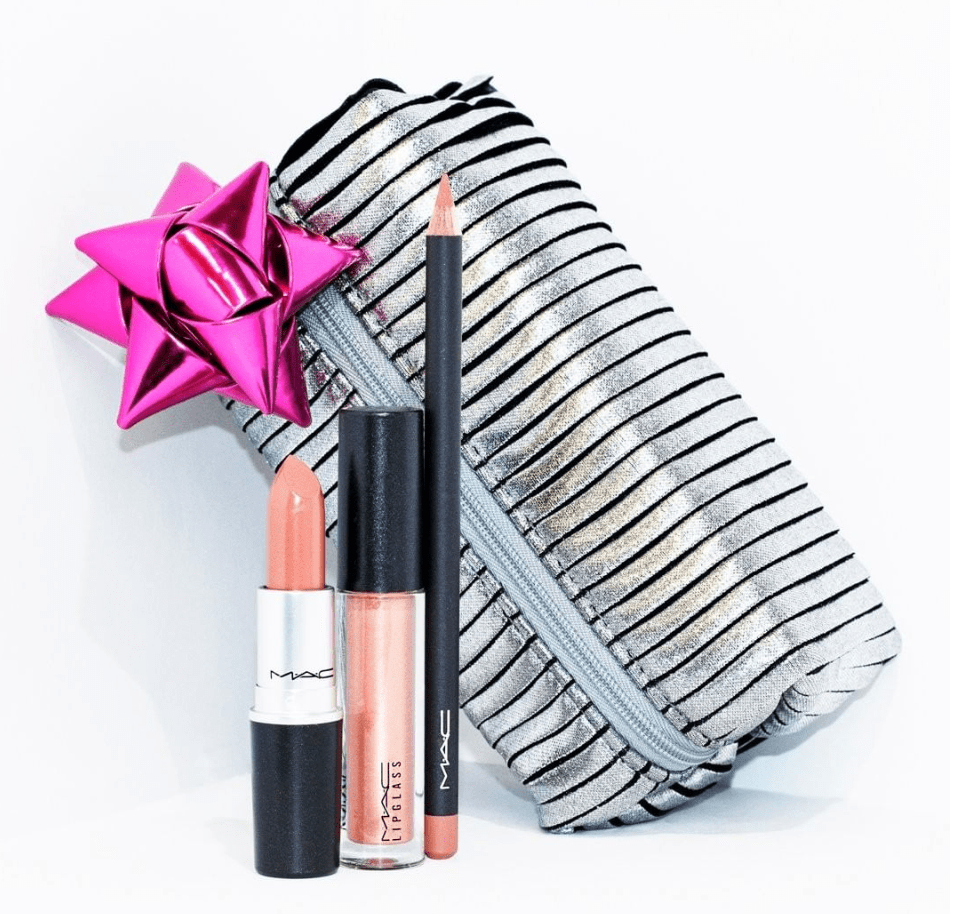 MAC Cosmetics Black Friday Canada 2015 Deals: 25% Off Holiday Kits