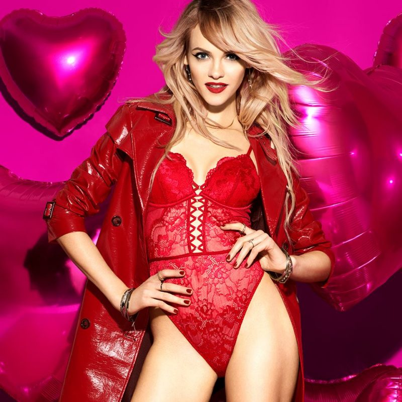 6ca1370ec La Senza Canada Valentine s Day Sale  Save 40% Off Bras + Mix   Match  Panties 7 For  29.95 + More